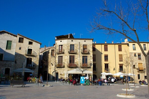 Day Trip to Besalu: The Main Square