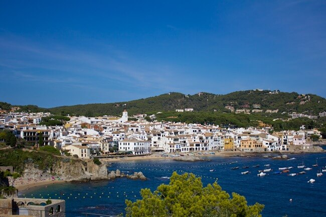 Day Trip from Girona to Palafrugell in Costa Brava
