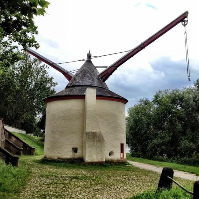 Treadwheel Crane in Trier
