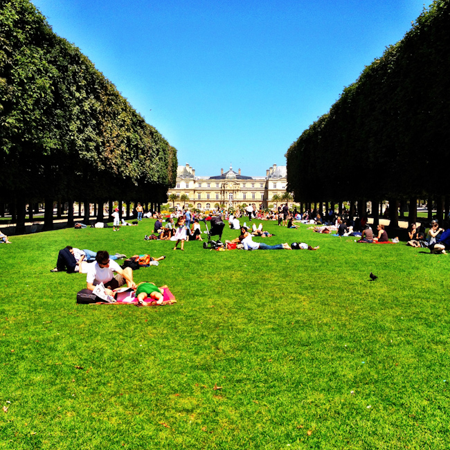 The Luxembourg Garden: A Great Picnic Spot