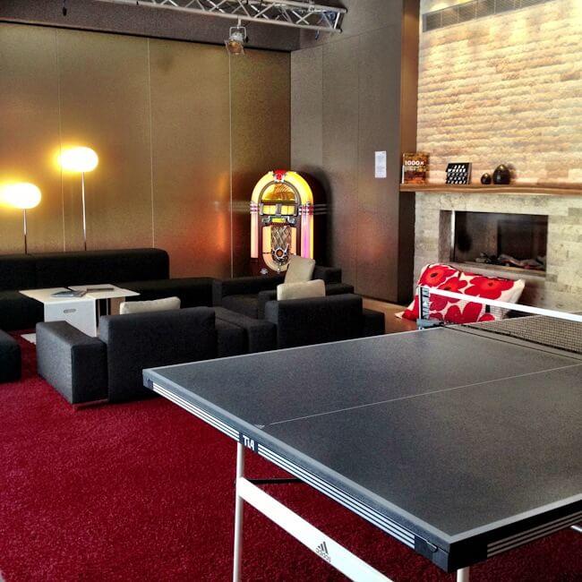 Jukebox and table tennis anyone?