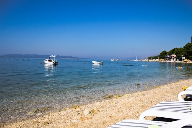 Saving Lounge Chairs in Makarska