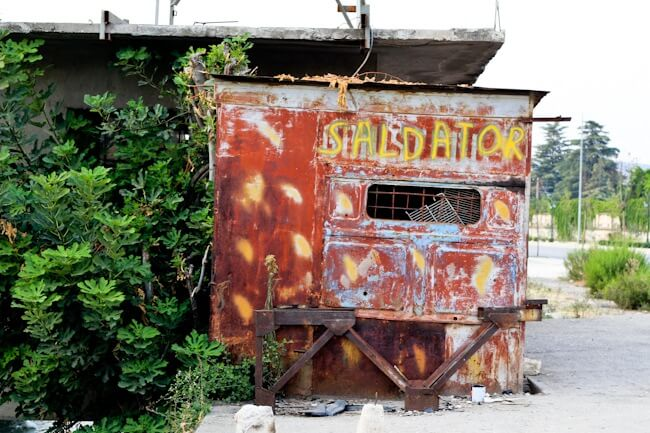 Another abandoned business in Berat