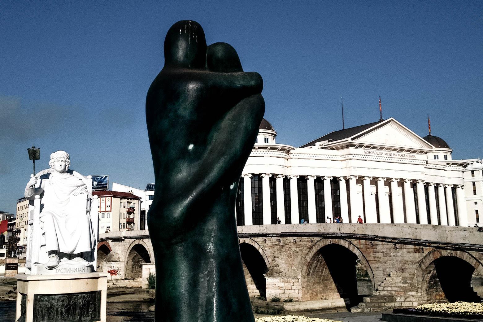 Skopje Hugging Couple Statue