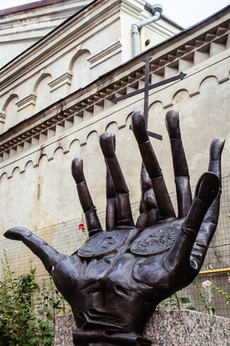 Quirky things to see in Vilnius