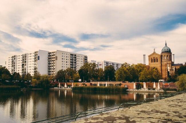 New apartments in 'no man's land' Kreuzberg