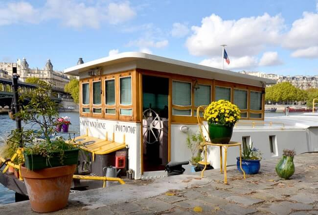 French House Boat Rental in Paris