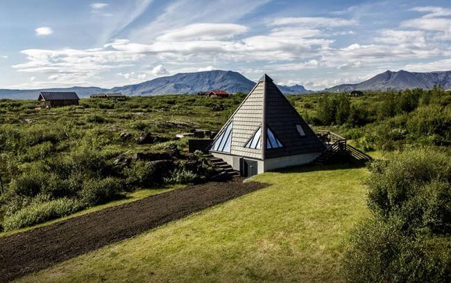 Icelandic Summer House Rental
