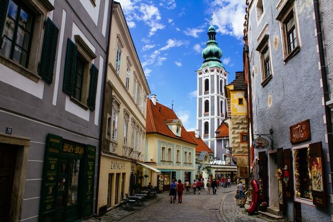 Pretty But Touristy Streets of Cesky Krumlov
