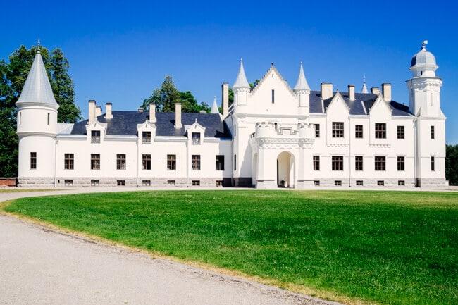 Alatskivi Castle Like Balmoral