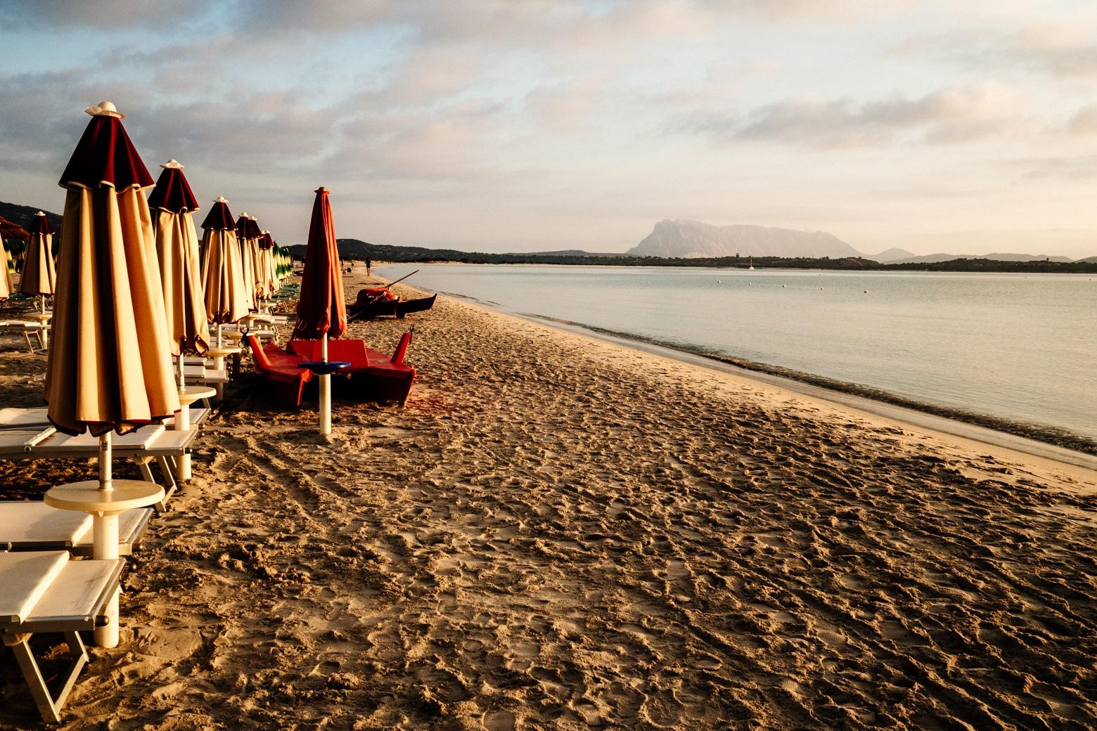 La Cinta Beach Umbrella Sunrise