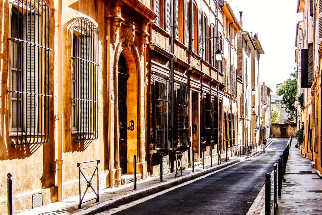 Rear View Mirror: Aix en Provence