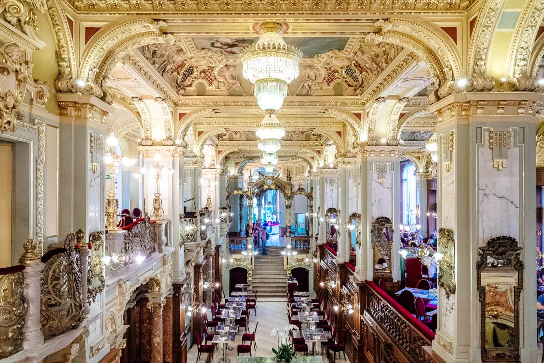 New York Cafe: Budapest