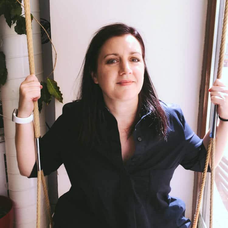 Andrea Swinging in Dos Mondos, Holesovice