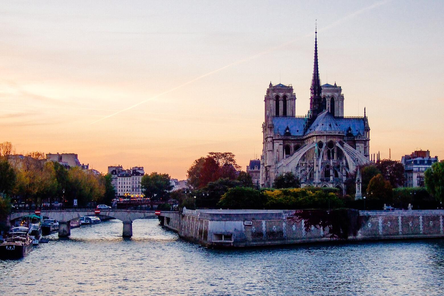 Paris, Notre-Dame Sunset