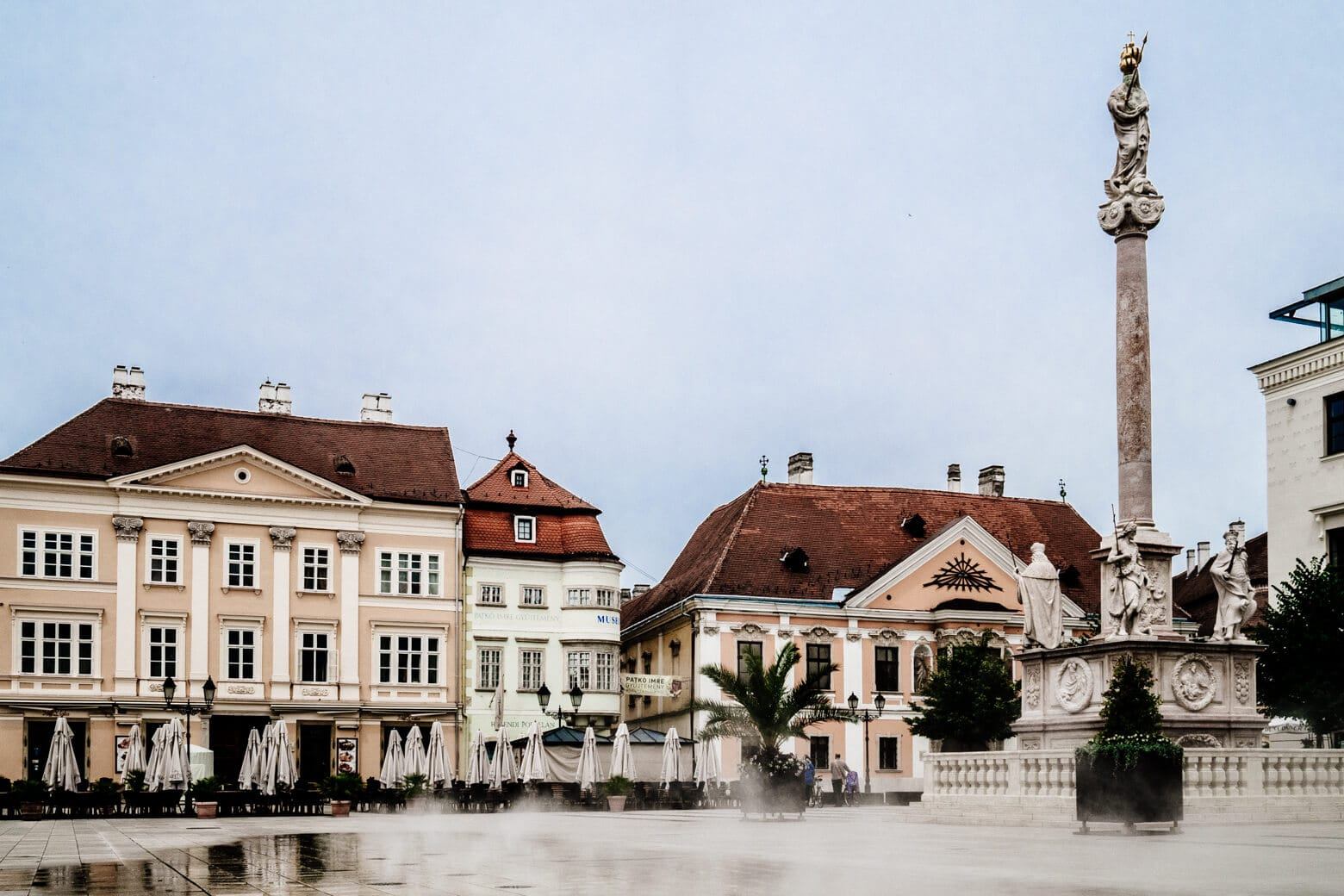 Szechenyi Square and the Column of St Mary